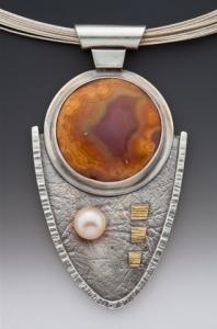 Agate Pearl Pendant