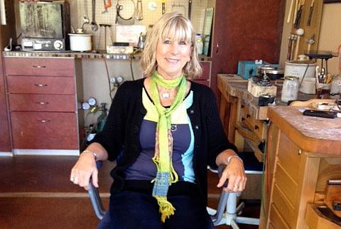 Linda Lewis (crop)